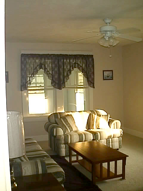 Living_room_before